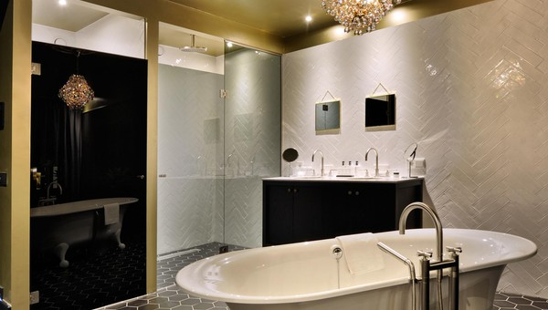 https://www.hotelsassenheim.nl/inc/hotels/1/rooms/1325/desktop/carousel_1024x768_-228.jpg